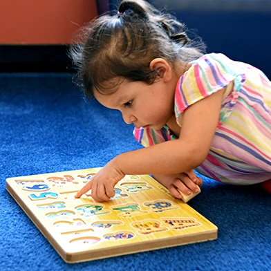Early Education Child with number game